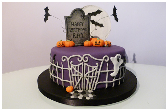 Halloween Birthday Cake   Cakes by Lynz
