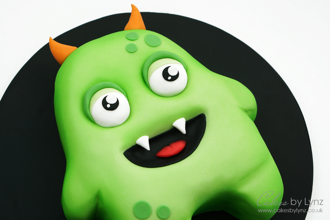 Halloween Monster cake tutorial