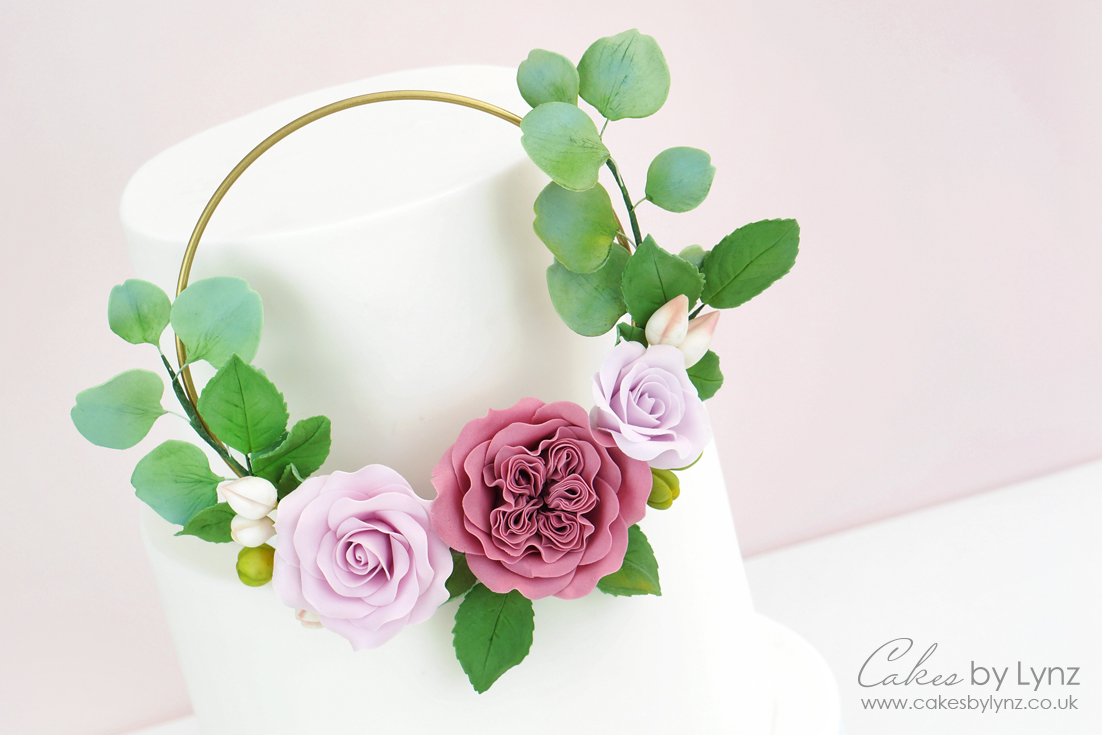 floral flower hoop wreath cake