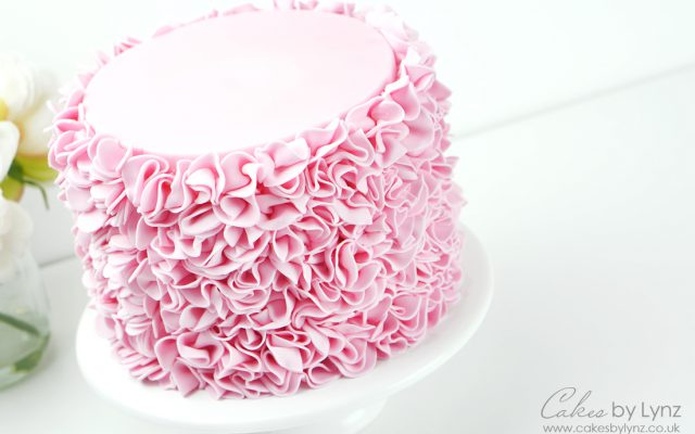 How to make a Ruffle Cake