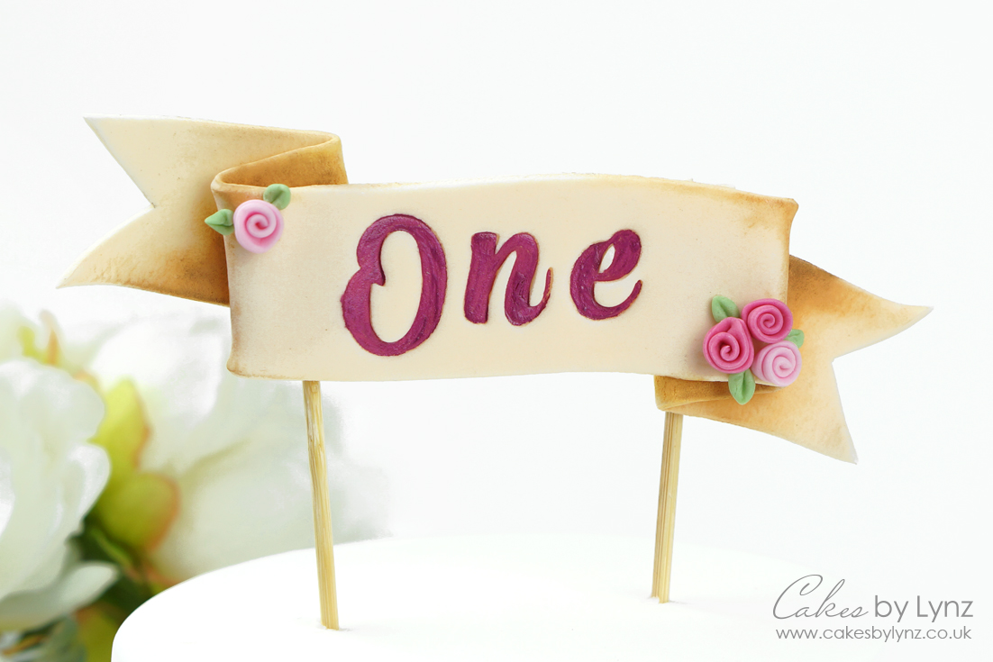Ribbon banner cake topper tutorial