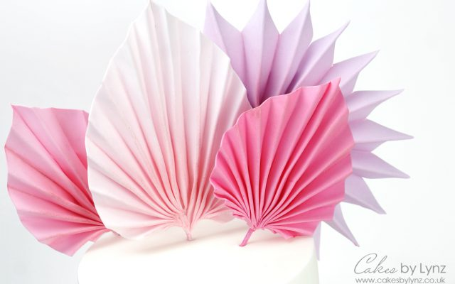 How to make edible sugar palm leaves for your cakes