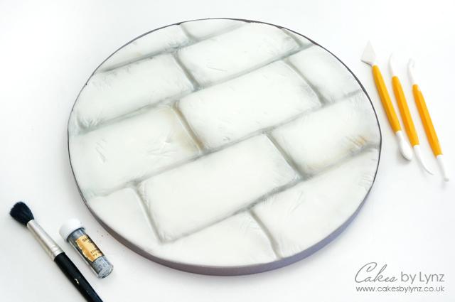 Stone cake board