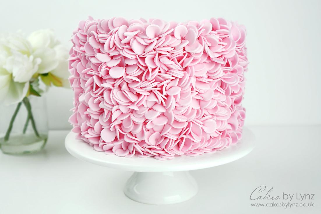 Petal Ruffle Cake Tutorial