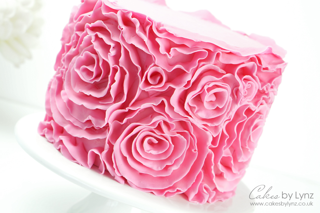How to Create Ruffle Rosettes on your cake