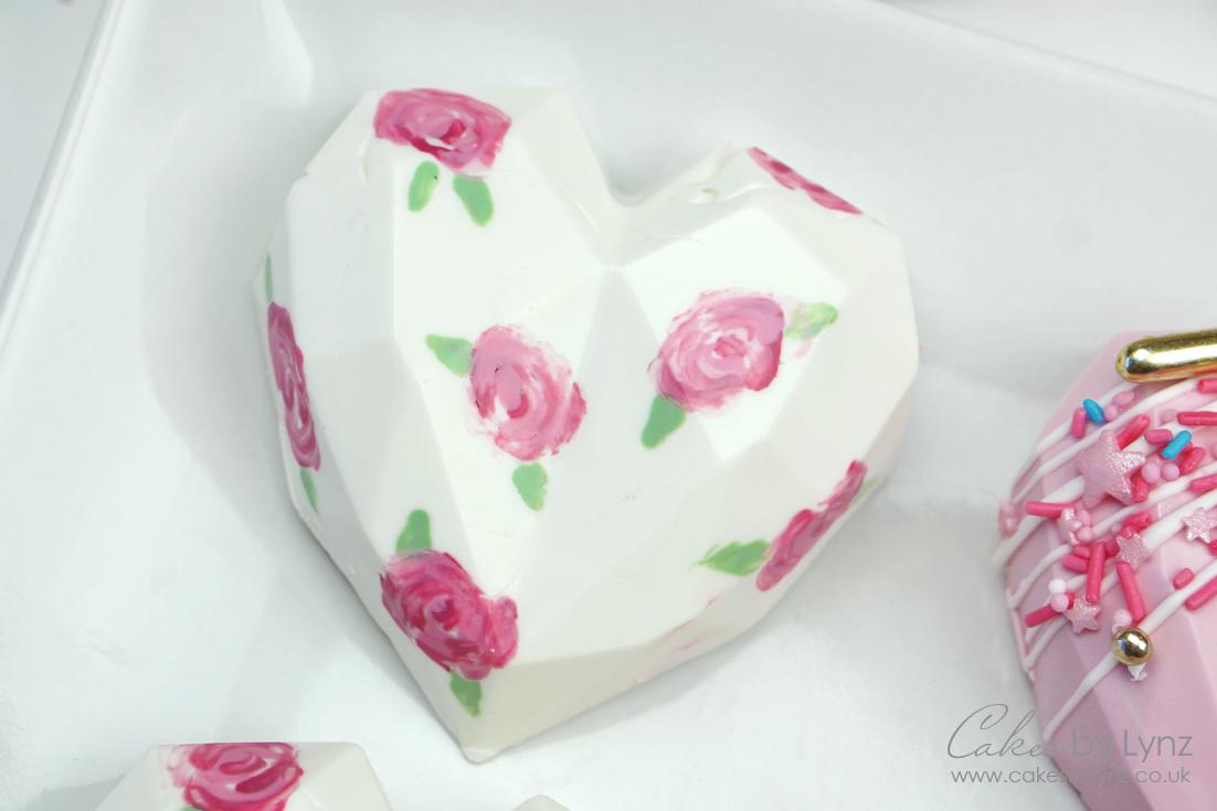 Pink Rose Geometric Cake Heart design