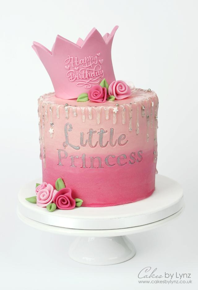 Little Princess glitter crown cake tutorial