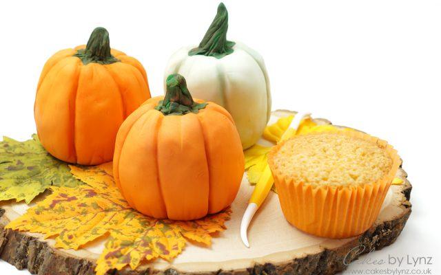 mini pumpkin cake tutorial