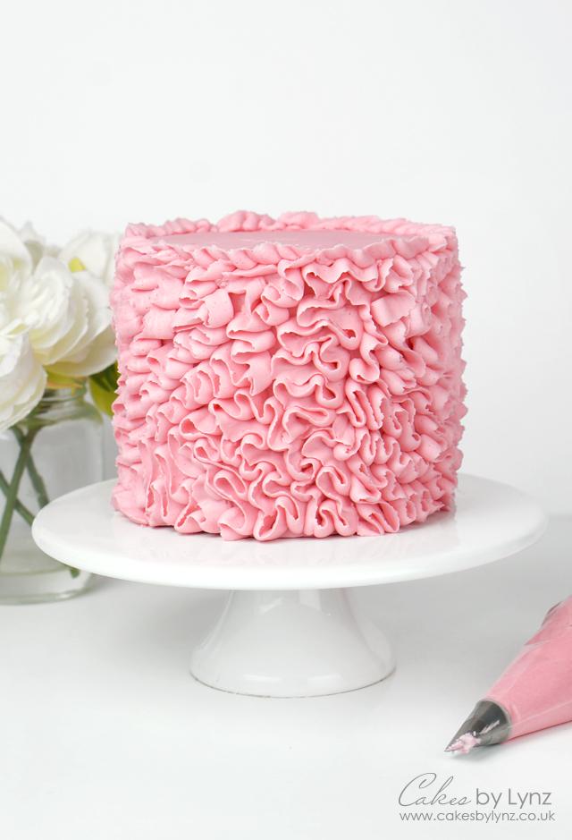 Buttercream Ribbon Ruffle Cake Techniques 12