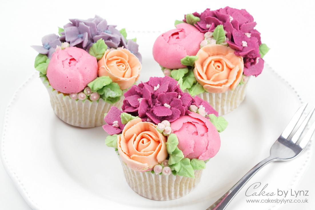 Buttercream Flower cupcakes tutorial