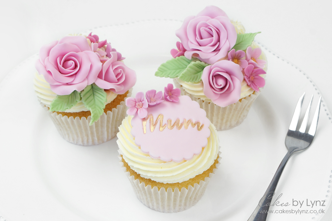 fondant flower cupcakes for mothers day