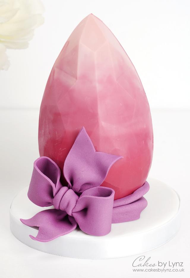 Geomertric Easter egg tutorial - giant edible pink diamond gem