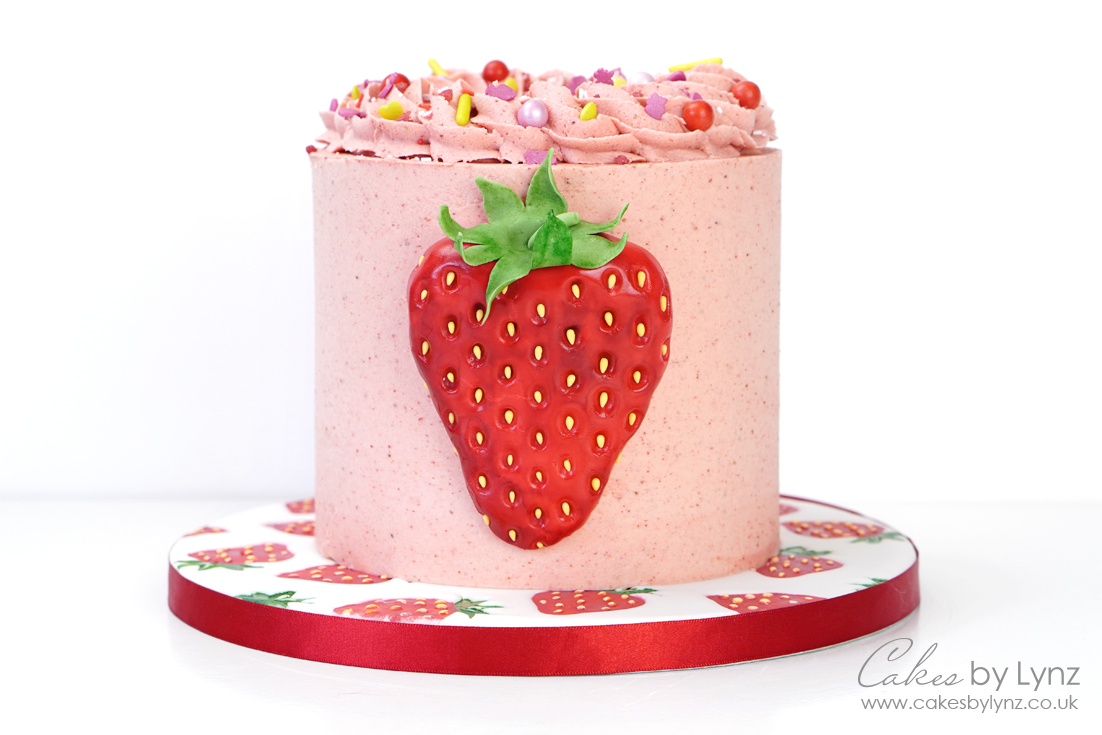 the ultimate strawberry cake decorating tutorial and recipe