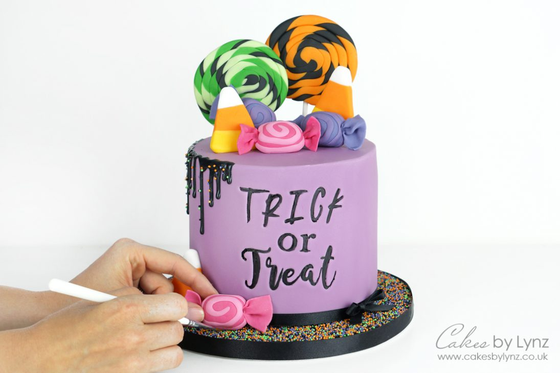 Free Halloween cake tutorial trick or treat candy